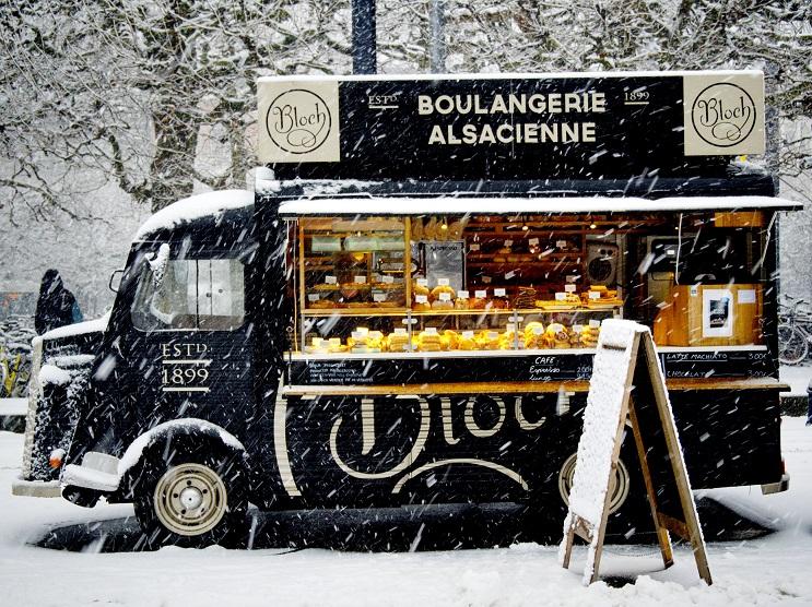 Сняг и френски кроасани